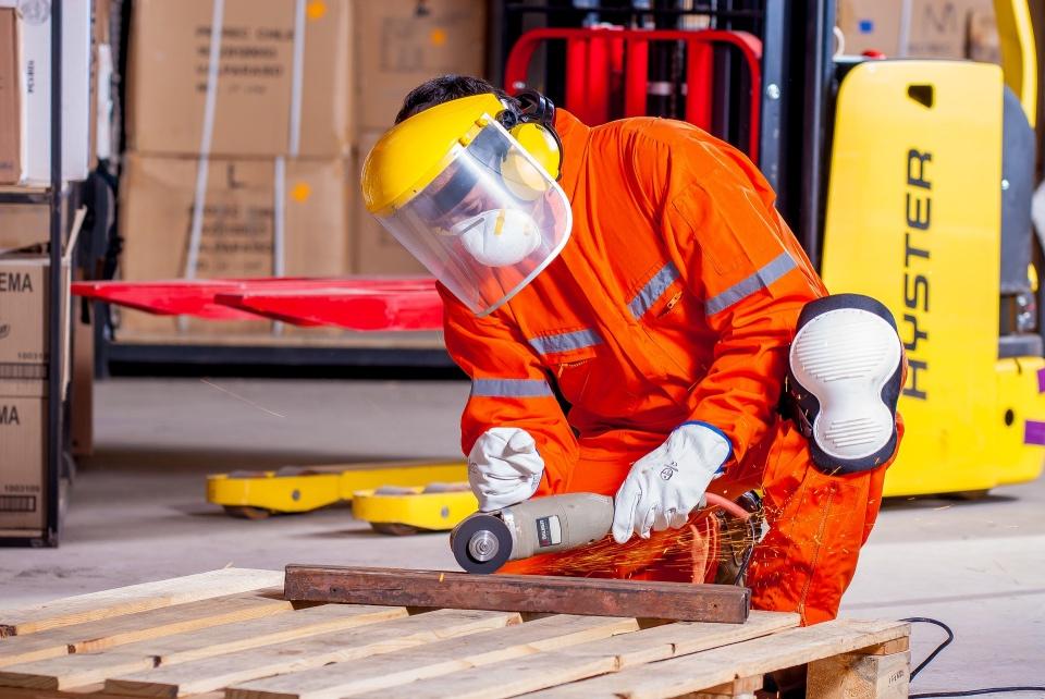 El ruido es un riesgo frecuente en el trabajo, pero poco temido, advierte Antonio Fernández Aguado
