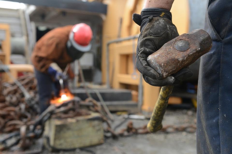 Ruido en la empresa y daños al trabajador